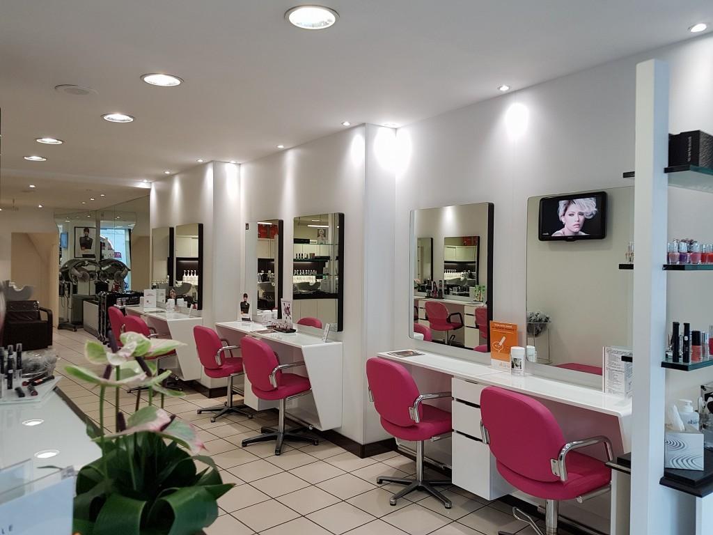 Coiffeur beaune salon camille albane for Salon de coiffure camille albane