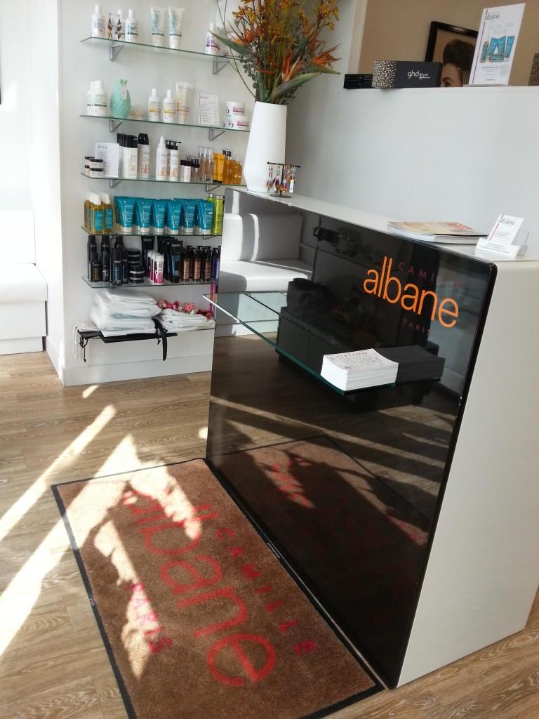 Coiffeur bois guillaume salon camille albane for Salon de coiffure camille albane