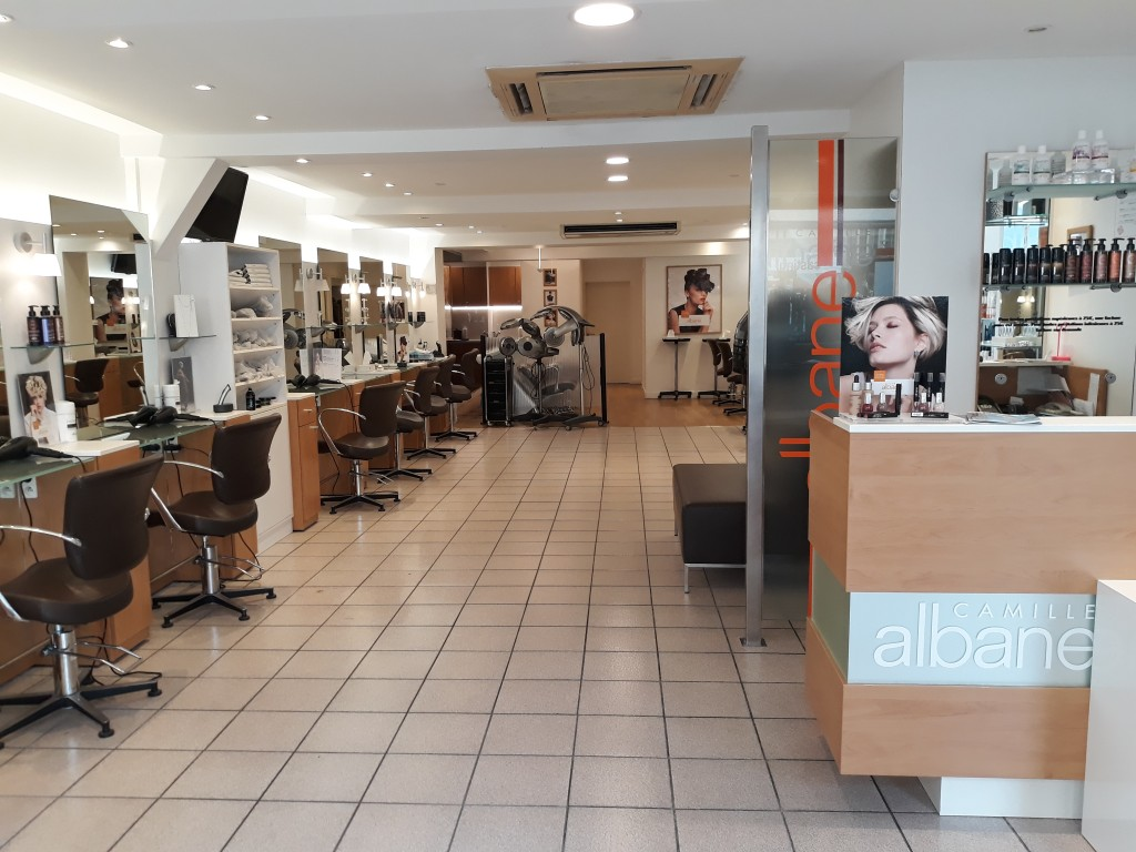 Coiffeur chartres salon camille albane for Salon de coiffure chartres