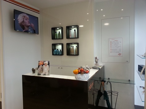 Coiffeur cherbourg salon camille albane for Salon de coiffure camille albane