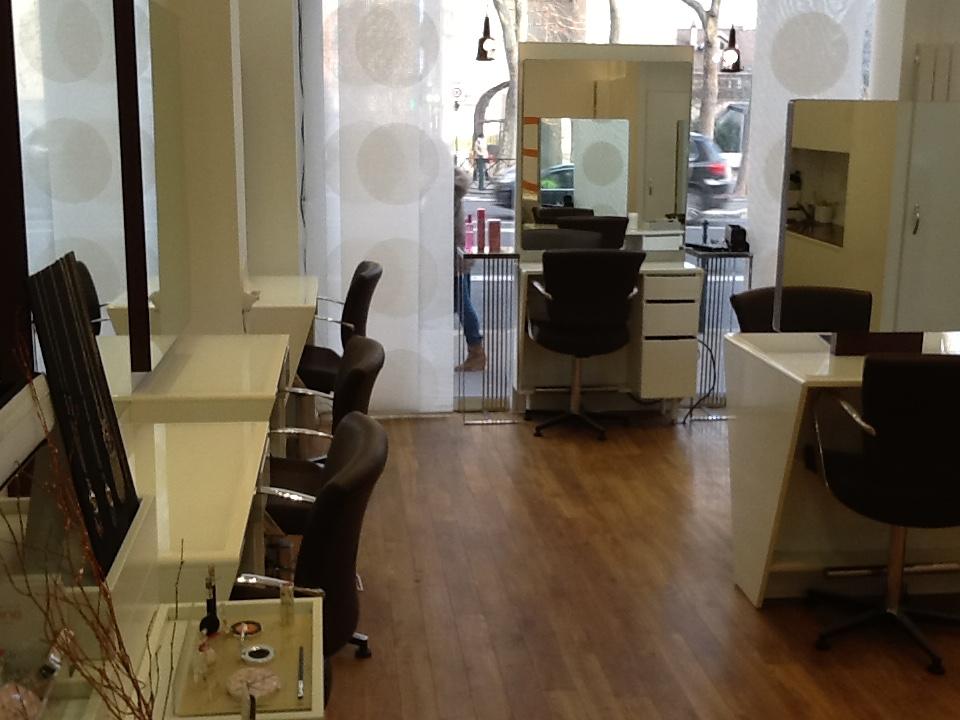 Le salon de coiffure à Colombes - Camille Albane