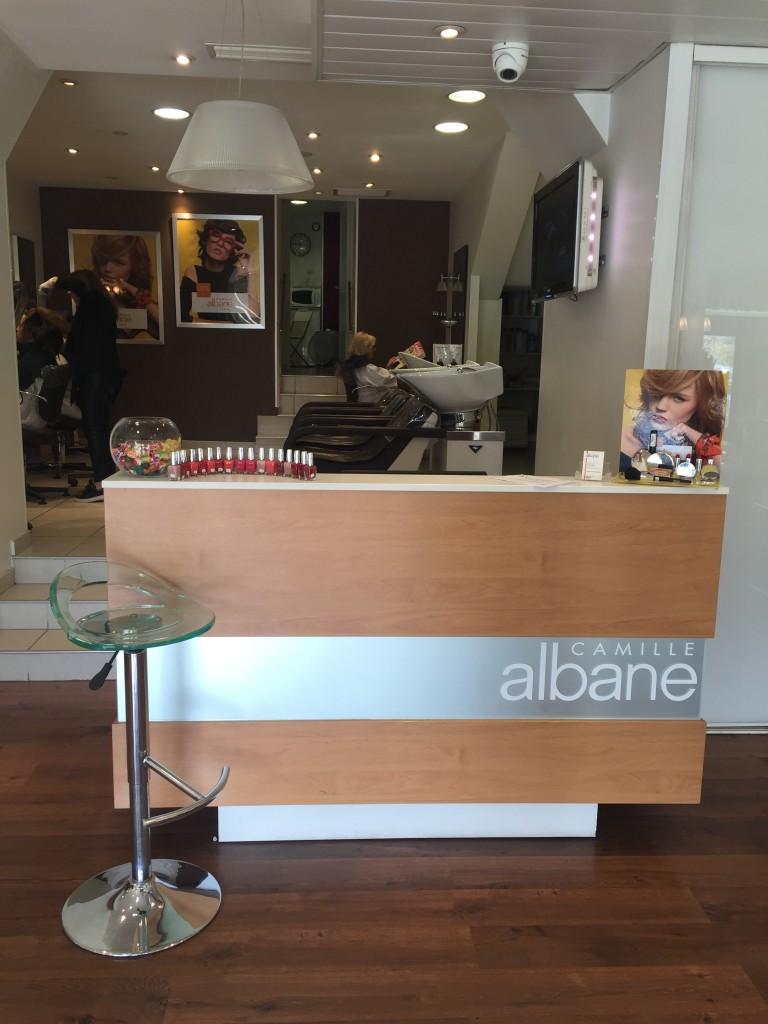 Coiffeur hy res salon camille albane for Salon de coiffure camille albane