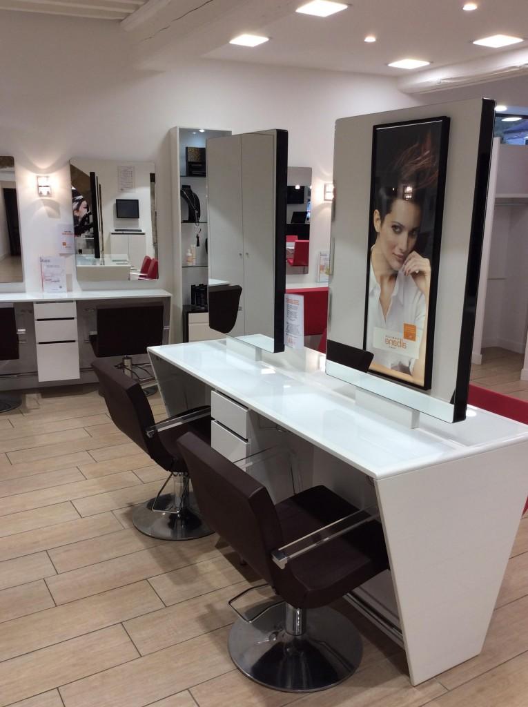 Coiffeur neuville sur sa ne salon camille albane - Salon de coiffure villefranche sur saone ...