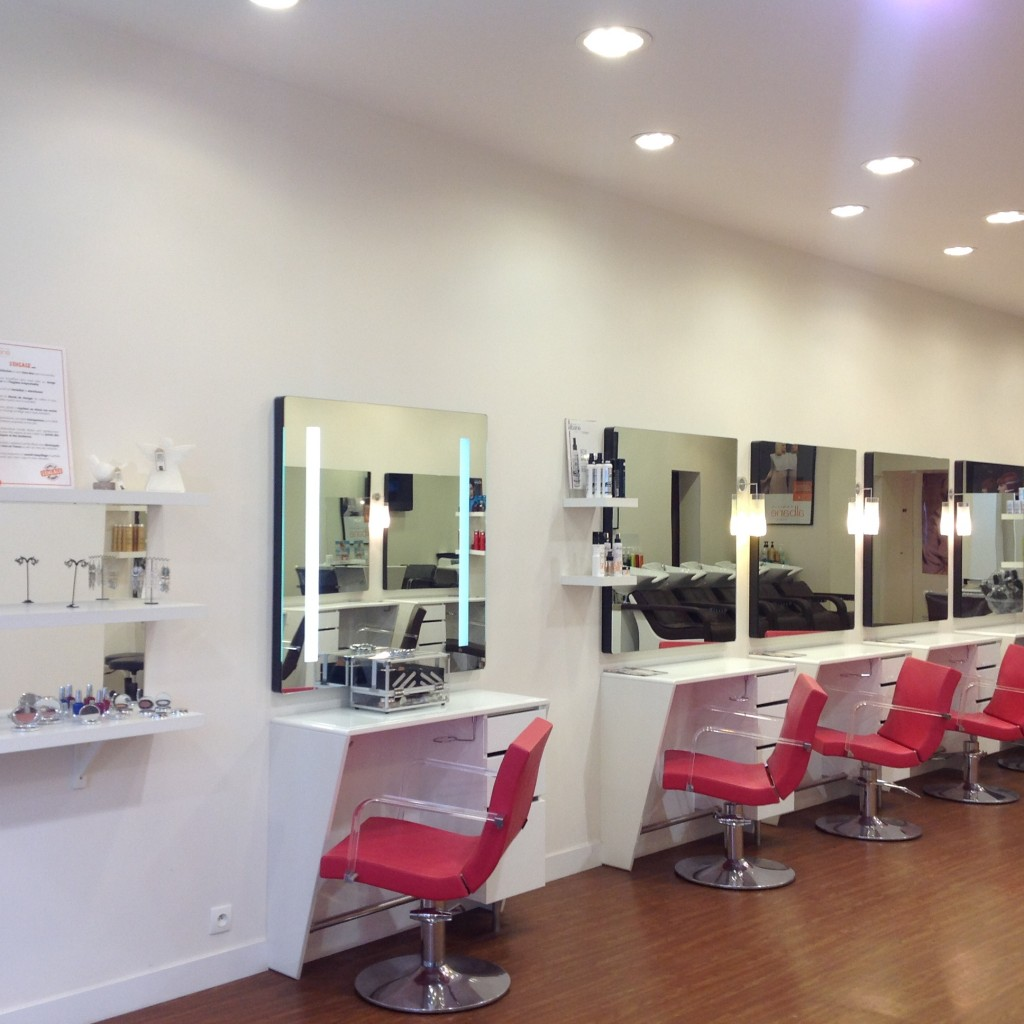 Camille albane tarifs for Salon de coiffure vincennes