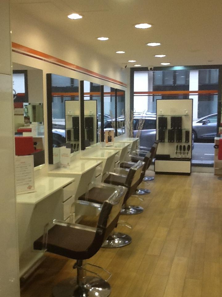 Salon de coiffure - Camille Albane Paris 17 Demours