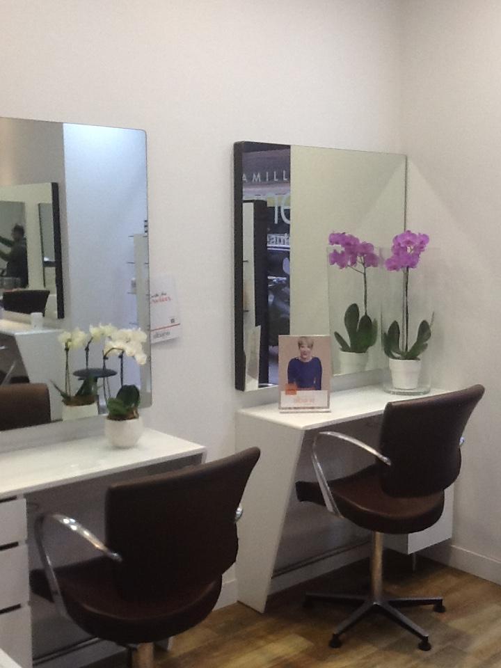 Coiffeur paris 16 mozart salon camille albane for Salon de coiffure camille albane