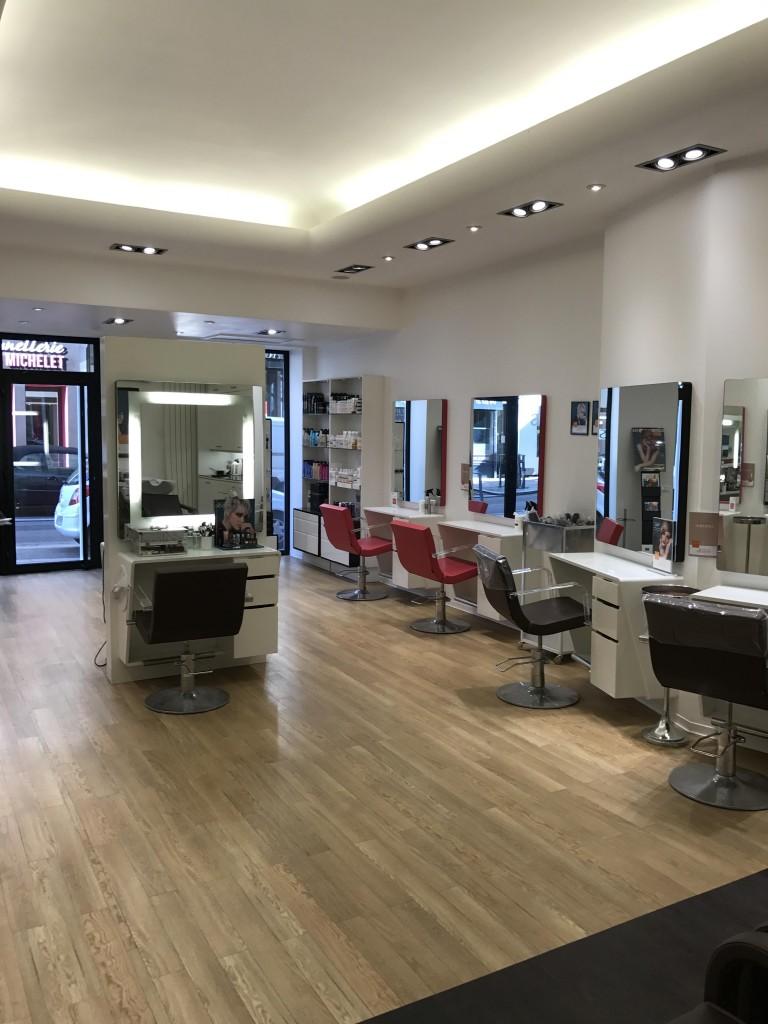 Coiffeur saint etienne salon camille albane - Salon de coiffure saint etienne ...