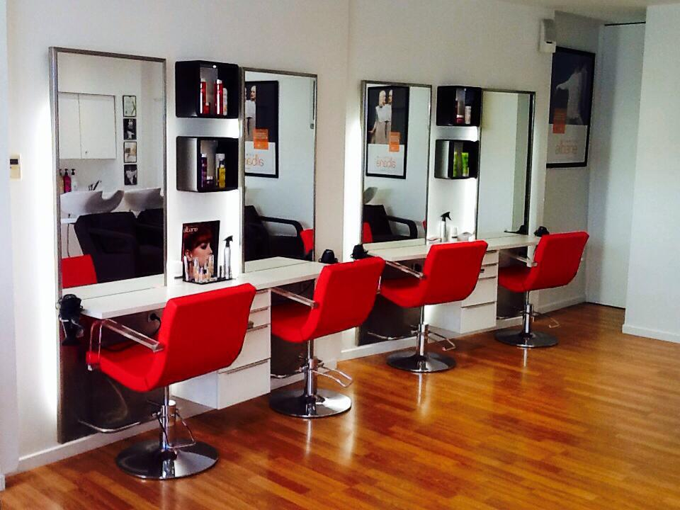 Coiffeur vaison la romaine salon camille albane for Salon de coiffure camille albane