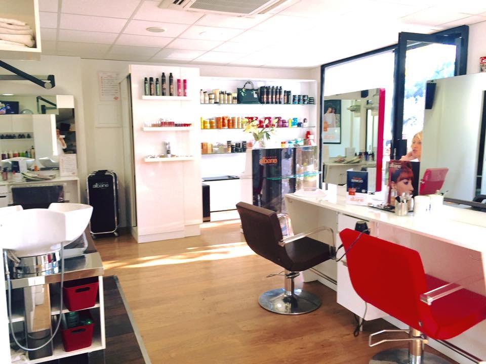 Coiffeur valbonne salon camille albane for Salon de coiffure camille albane