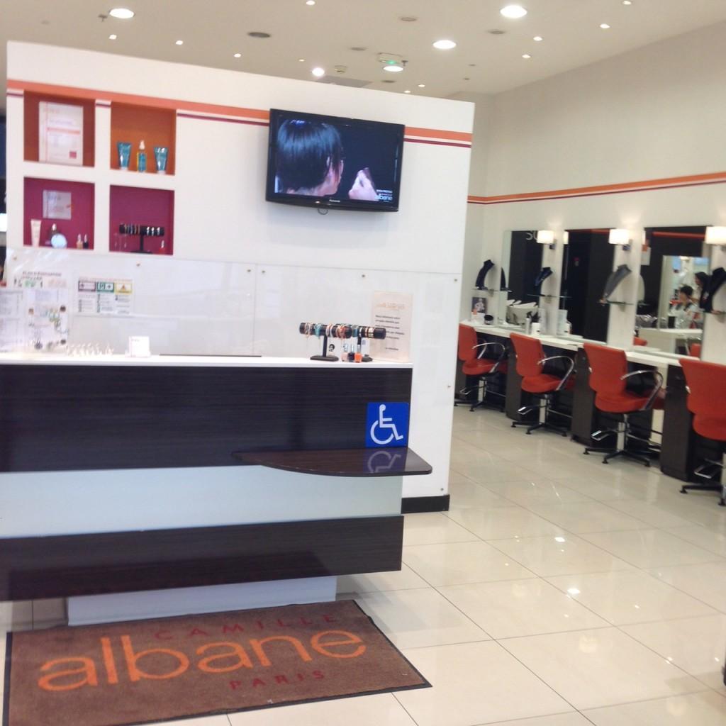 Espace coiffure à Velizy 2 - Camille Albane