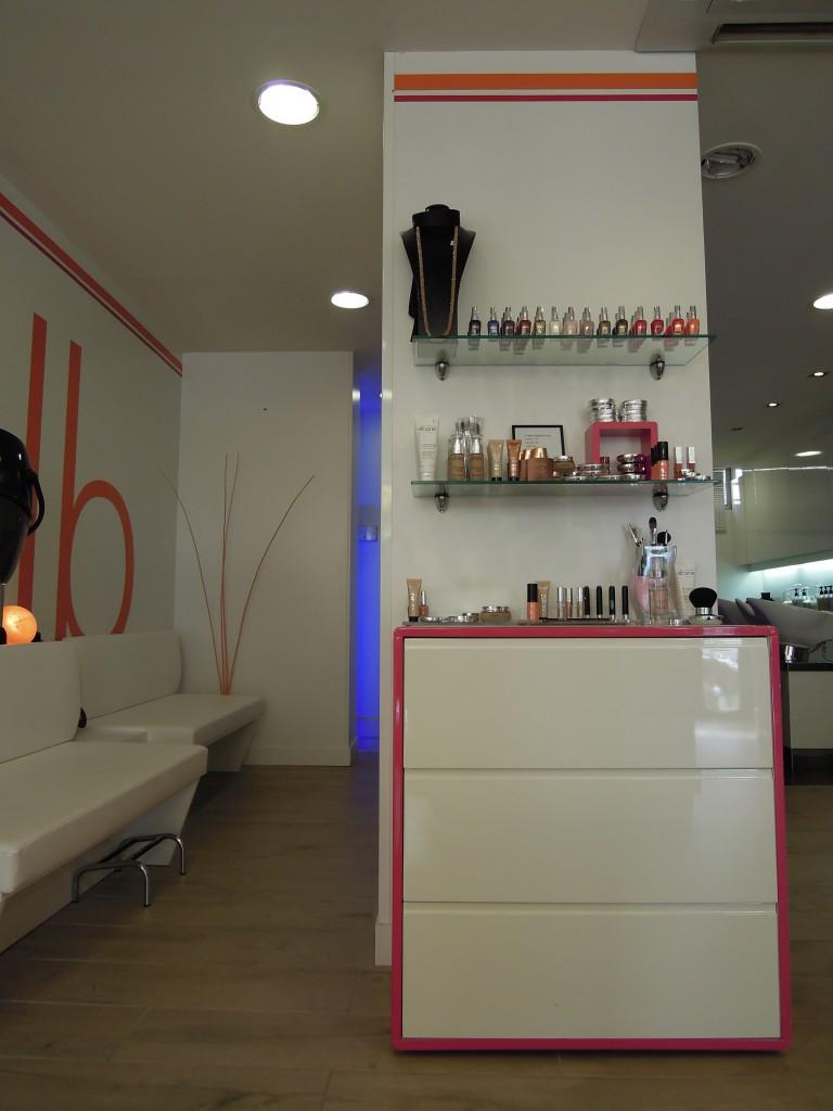 Le salon de coiffure à Vence - Camille Albane