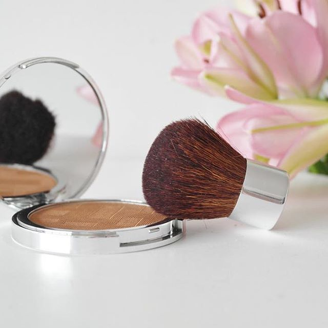 Produits Maquillage - Camille Albane Vienne