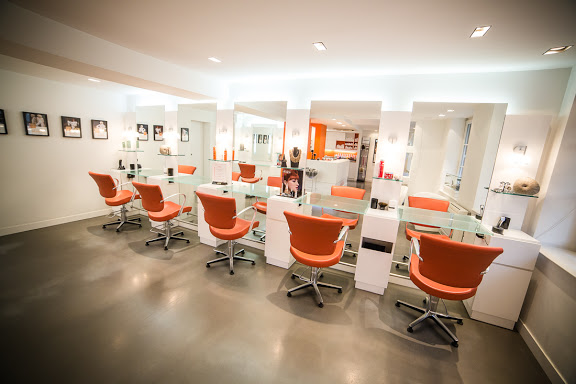 Coiffeur wissembourg salon camille albane for Salon de coiffure camille albane